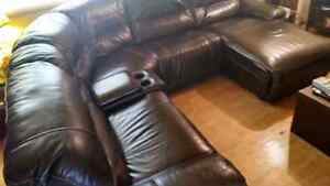 Sectional couch Comox / Courtenay / Cumberland Comox Valley Area image 3
