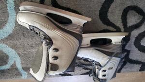 REEBOK   Womans Recreational Skates
