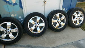 225/60/R17 tires and rims.