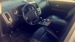 2007 Ford Edge limited. Fully loaded, Safety & E-Tested!  Windsor Region Ontario image 4