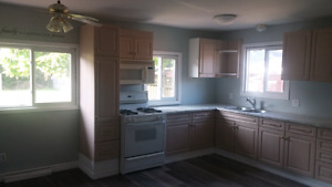 NEWLY RENOVATED LARGE 3 BEDROOM ALL INCLUSIVE $1650!!!