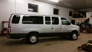 REDUCED!!!!2012 Ford E-350 XLT Wagon 15 Passenger St. John's Newfoundland image 3