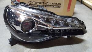 2017 Toyota 86 OEM Passenger Headlight