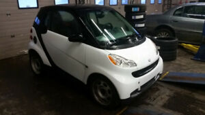 2009 Smart Car ( Extremely Low Km's)