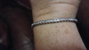 10k White Gold&Diamond Tennis Bracelet