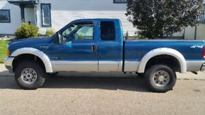 2001 Ford F-350 extended cab Pickup Truck