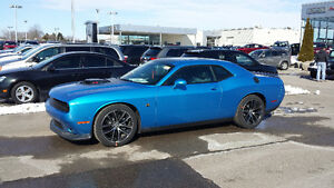 2016 Dodge Challenger shaker scat pack Coupe (2 door)