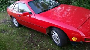 Porsche 924S 1987 very attractive car !