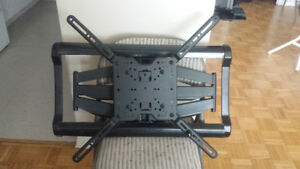 TV Mount Heavy Duty Full Motion Wall Mount
