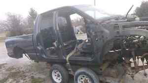 parting out 2002 dodge ram sport 4x4