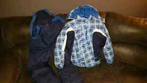 Boys like New 2pc Snowsuit