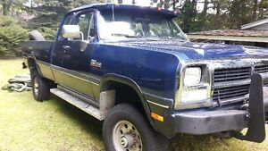 1993 Dodge Power Ram 2500 Pickup Truck