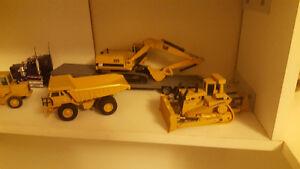 Metal Diecast CAT equipment