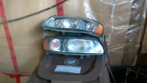 Phare headlights volvo  xc70 s60 v70