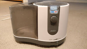 Humidifier sunbeam-can be air purifier-like new & good condition