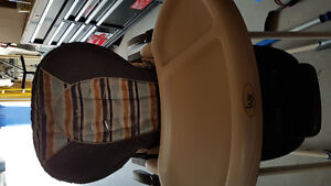 High chair, excellent condition