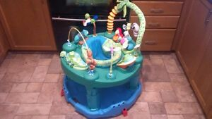3 in 1 Excersaucer / Play Centre