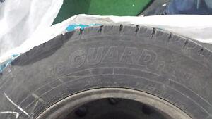 4 Tires with rims: Yokohama Iceguard 205/70R15 West Island Greater Montréal image 2
