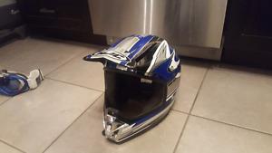 Four wheeler helmet/ ski goggles