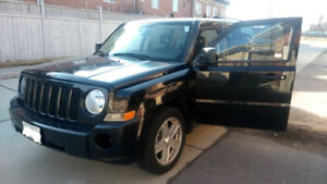Low km's - 2008 Jeep Patriot Sport SUV with North Package