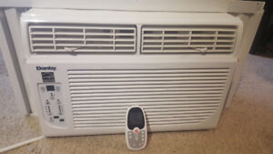Danby 6,000 BTU Window Air Conditioner with remote LCD