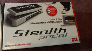 ik multimedia stealth pedal with amplitube software and extras.