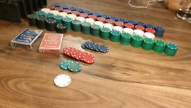 560 poker/blackjack/roulette chips and extras