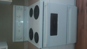 Moffat dishwasher & stove