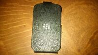 Blackberry Q10, Unlocked, includes Blackberry case