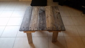 Pallet coffee/side table