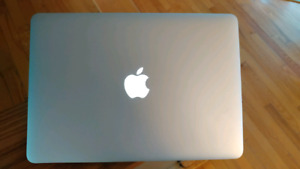 """MacBook Air 13"""" Early 2014 with box and charger"""