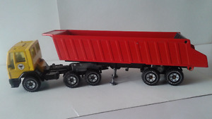 SIKU Germany ADAC Ford Tractor Truck Cab and Trailer Dump