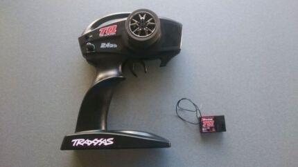 TRAXXAS 1/10 SLASH 2WD SCT DAKAR EDITION TRANSMITTER & RECIEVER Coomera Gold Coast North Preview