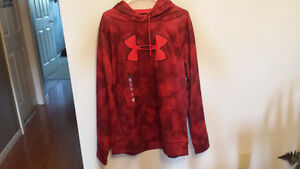 Brand new Under Armour storm hoodie
