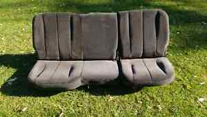 Rear cloth seat from 2002 dodge  ram
