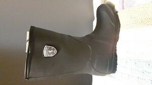 Kamik Charcoal Rainboots