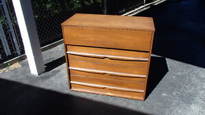 Commode 4 tiroirs / Dresser with 4 drawers