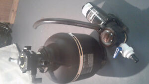 Pool pump and filter like new