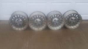 Fox body Mustang gt aluminum wheels need a good cleaning