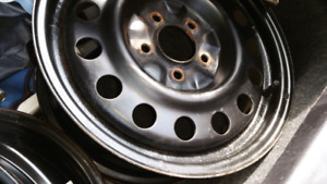 16 INCHES METAL RIMS  $90