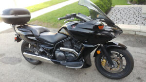 Must sell 2009 Honda DN-01 with automatic transmission