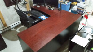 Office Desk - $100 ono