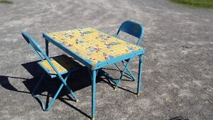 RAGGITY ANNE FOLDUP KIDS TABLE SET