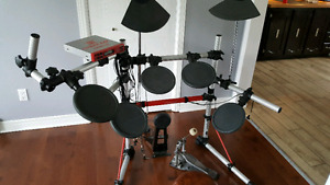 Drum électronique Yamaha DTXpress III