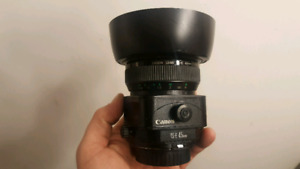 Canon 45mm 2.8 tilt shift lens