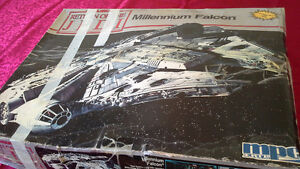 1989 Millennium Falcon from Star Wars model kit