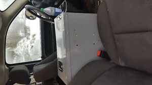 WORK DESK CENTER CONSOLE FITS BETWEEN SEATS VAN OR PICK UP