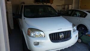 2007 Buick Terraza Minivan, Van