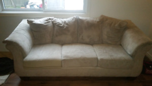 Nice couch in good condition.