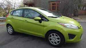 REDUCED - 2011 Ford Fiesta SE